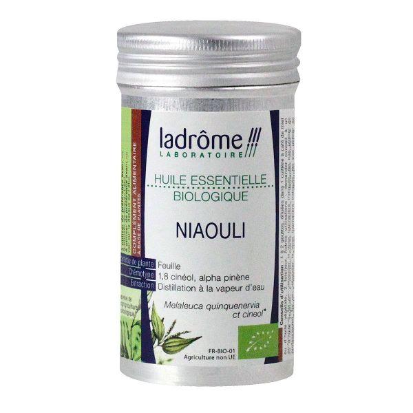 l 39 huile essentielle biologique de niaouli ladr me est reconnue pour sa propri t d 39 antiseptique. Black Bedroom Furniture Sets. Home Design Ideas